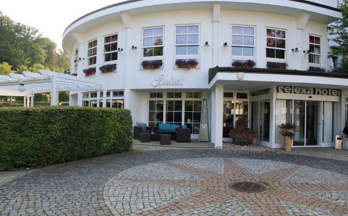 Relexa Hotel Bad Salzdetfurth Eingang