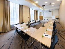 Best Western Plus Welcome Hotel Frankfurt Tagungsraum für U-Bestuhlung sehr praktisch und geräumig