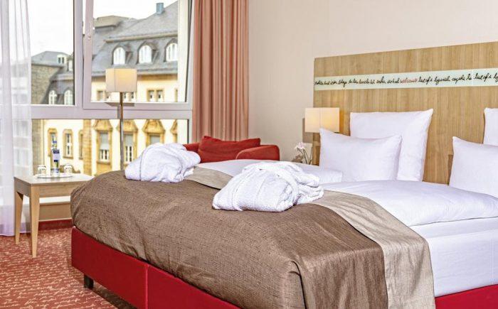 Welcome Hotel Darmstadt Doppelzimmer mit vielen Extras und sehr gemütlichen Betten.