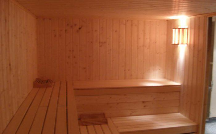 Die Sauna läd nach einer lagen Tagung oder Seminar ein zu Entspannen und Energie zu Tanken.
