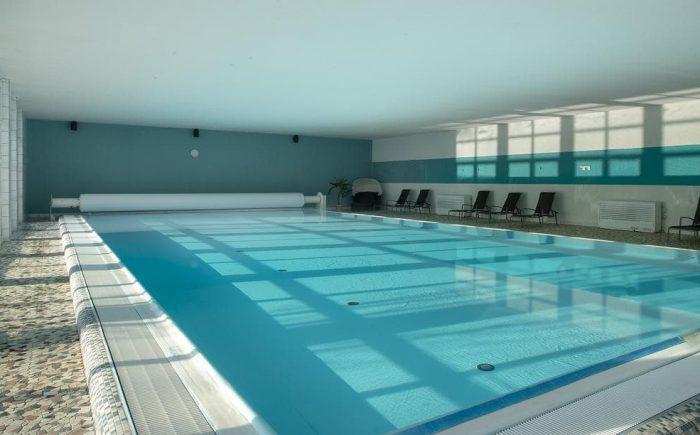 Das Haus eigene Schwimmbad bzw Pool läd ein zum Entspannen und es sich gut gehen zu lassen.