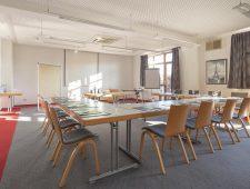 Ob für kleine Gruppen oder auch größere Gruppen gibt es verschiedene Tagungsraum die Sie nutzen können.