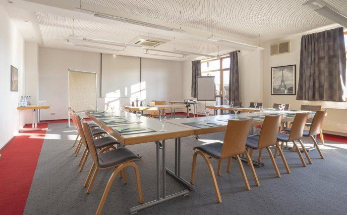 Ob für keine Gruppen oder auch größere Gruppen gibt es verschiedene Tagungsraum die Sie nutzen können.