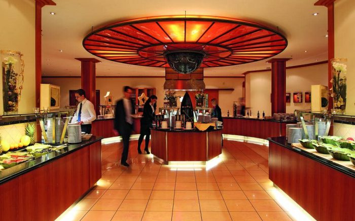 ESPERANTO Kongress- und Kulturzentrum beim Frühstück bleiben keine Wünsche offen und Sie können selber zwischen warmen und kalten Gerichten entscheiden.